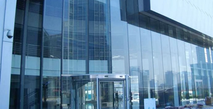 Aluminum and glass facades
